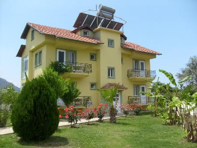 Adilan Apartments