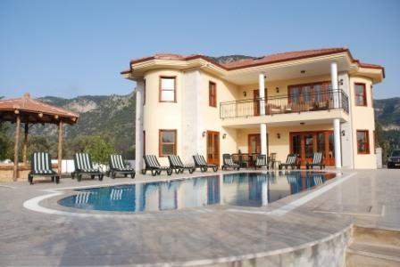 Villa in Cennet