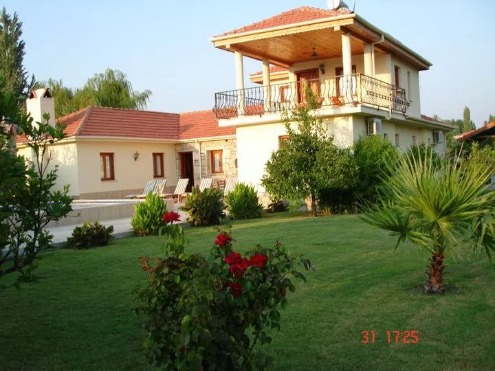 Villa Ikinci Bahar. Private Pool and Garden. Free wi-fi and Air-Con.