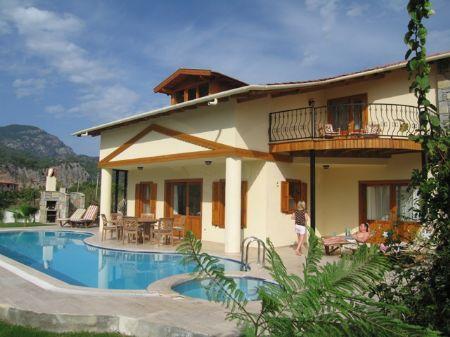 Villa Jamara free wifi and aircon